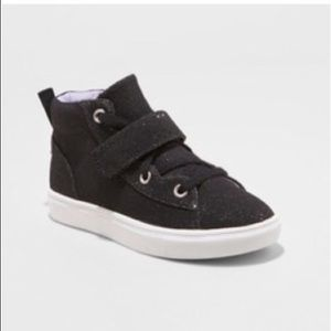 5/$25 Girl's Regan High Top Athletic Shoes